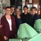 (Right) Cora, Karin, Teddy, Mirjam, Marieke (left)